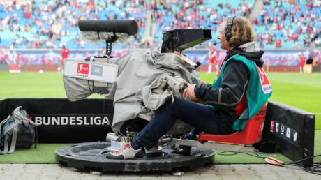 Die Fußball-Bundesliga möchte noch ein paar mehr Spiele im Free-TV zeigen.