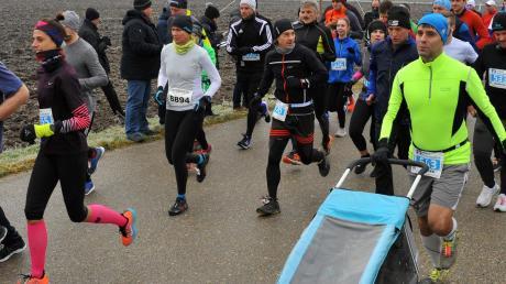 522 Starter bei Lauinger Dreikönigslauf – mit und ohne Kinderwagen – bedeuten erneut einen neuen Teilnehmerrekord.