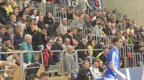 Gut gefüllt waren die Ränge in der Sporthalle des TSV Friedberg beim Augsburger Kreisfinale am Dreikönigstag.