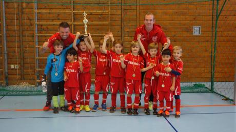 Die G-Jugend des SV Erpfting freut sich auf das Turnier am Wochenende. Am Samstag und Sonntag werden in der Isidor-Hipper-Halle in Landsberg aber auch andere Jugend-Teams für den guten Zweck spielen.