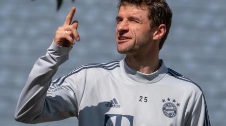 Thomas Müller spielt unter Hansi Flick wieder eine tragende Rolle beim FC Bayern.