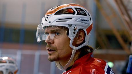Jan Michalek konnte aus gesundheitlichen Gründen ein Jahr lang nicht für die Devils auflaufen. In der Aufstiegsrunde verstärkt er sie aber.