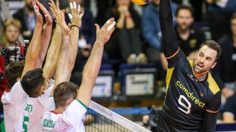 Volleyball Olympia-Qualifikation: Heute Finale mit Deutschland im Live-TV und im Stream. Deutschlands Erfolgsgarant am Netz: Georg Grozer.