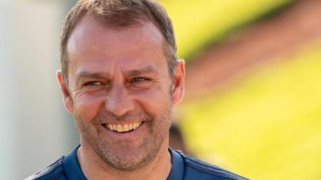 Hat gut Lachen: Bayern-Coach Hansi Flick.