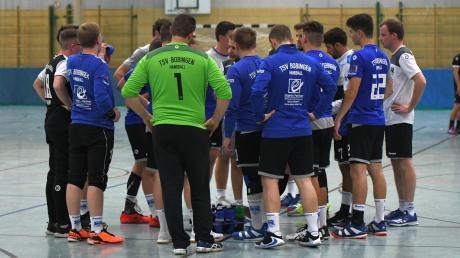 Lange mussten die Handballer des TSV Bobingen warten, nun ist es endlich so weit: Am Samstag kommt es in der Bezirksoberliga zum Derby gegen den Nachbarn vom BHC Königsbrunn.