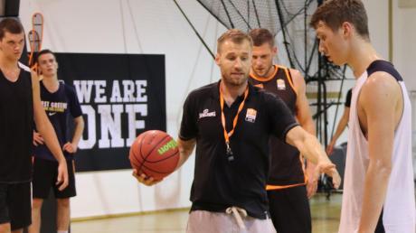 Anton Gavel beim Training mit der Orange Academy.