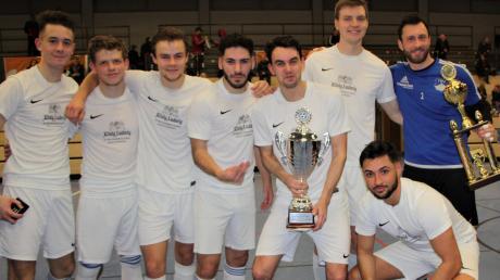 Das Team des TSV Bobingen trumpfte bei den schwäbischen Hallenmeisterschaften 2020 groß auf und wurde in Günzburg Vizemeister.