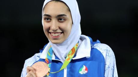 Irans einzige Olympia-Medaillengewinnerin kehrt ihrem Land den Rücken: Kimia Alisadeh.