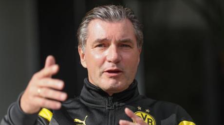 Michael Zorc hat Berichte zurückgewiesen, wonach die Entscheidung über einen Abgang von Mario Götze aus Dortmund bereits gefallen sei.