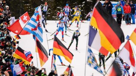 Der Weltcup der Biathleten in Ruhpolding startet in der Chiemgau Arena mit dem Sprint der Damen.