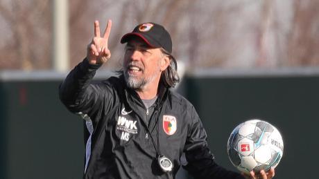 FCA-Trainer Martin Schmidt möchte dem BVB und Stürmer Erling Haaland beidessen Debüt einen gebührenden Empfang bereiten.