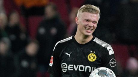 Erling Haaland erzielte in seinem ersten Spiel für Borussia Dortmund gleich drei Tore.