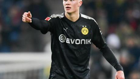 BVB-Neuzugang Haaland läuft nach seinem beeindruckenden Bundesliga-Debüt in Augsburg erstmals vor heimischer Kulisse auf.