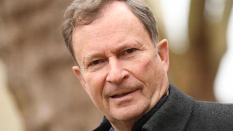 Vorsitzender des DFB-Sportgeichts: Hans E. Lorenz.