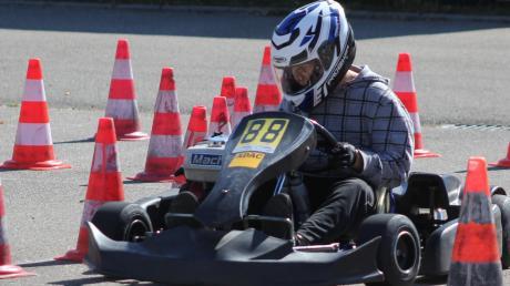 Kartfahrer Elias Schwarzmaier aus Sulzbach holt sich den Sieg bei der Wahl zum AN-Sportler des Jahres 2019. Der 13-Jährige, der für den MC Aichach fährt, feiert einen Start-Ziel-Sieg.
