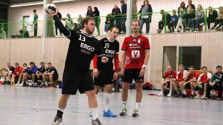Sieben Tore von Markus Walter (am Ball) reichten der SG 1871 Gersthofen nicht. Gegen den TSV Haunstetten II gab es eine 20:25-Niederlage.