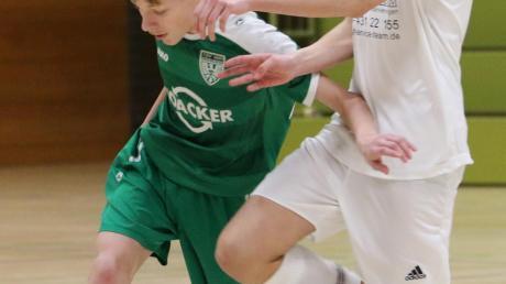 Die U15-Junioren des TSV Nördlingen (im grünen Trikot Kevin Welz) wurden beim eigenen Futsalturnier Sechster.