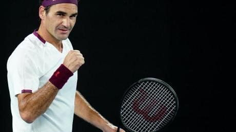 Roger Federer setzte sich in Melbourne gegen den Ungarn Marton Fucsovics durch.