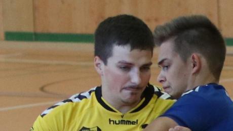 Thomas Sailer (links) ist nicht nur auf dem Spielfeld als Handballer aktiv.