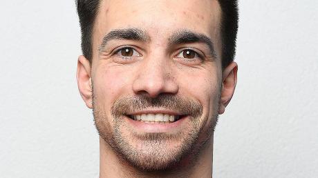 Als Trainer legt er viel Wert auf Kommunikation, als Spieler sorgt er für Sicherheit vor der Abwehr: Jan Plesner. Im Sommer 2020 wird er Spielertrainer in Bubesheim.