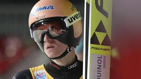 Für Skispringer Karl Geiger geht es in Sapporo um die Führung im Gesamtweltcup.