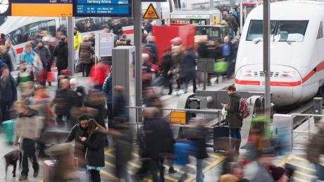 Die Deutsche Bahn will ihre Fahrgastzahlen langfristig verdoppeln. Deshalb wird an vielen Bahnhöfen gebaut. Was Reisende für Süddeutschland wissen sollten.