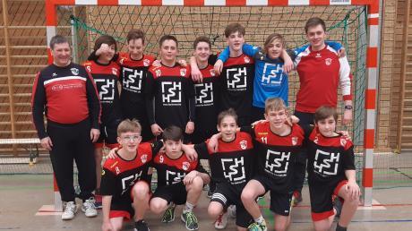 Die männliche B-Jugend des TSV Neusäß strebt mit einer makellosen Bilanz der Meisterschaft entgegen. Am Samstag werden die Jungs den 25. Geburtstag von Maskottchen Croco mitfeiern.
