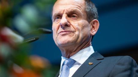 Bevorzugt mit dem DOSB eine mögliche Olympia-Bewerbung der Rhein-Ruhr-Region: Alfons Hörmann.