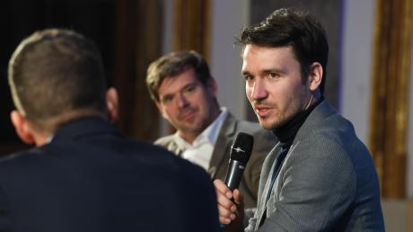 Eineinhalb Stunden stellte sich Felix Neureuther den Fragen von Chefredakteur Gregor Peter Schmitz (Mitte) und Sportredakteur Andreas Kornes.