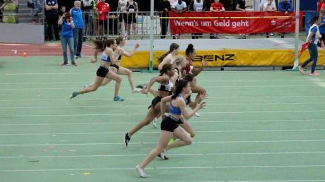 Floriane Freihart (ganz vorne) im Finale des 60-Meter-Sprints, das sie auf Rang sieben beendete.