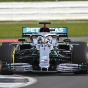 Weltmeister Lewis Hamilton drehte in Silverstone ein paar Runden im neuen Mercedes W11. Formel-1 2020 in Niederlande: Termin, Zeitplan & Live-TV.