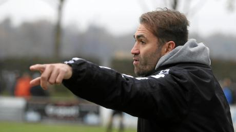 Andreas Jenik, Trainer des FC Stätzling, kann mit der Niederlage gegen Rain leben.