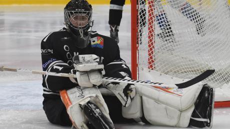 Erstmals in der Abstiegsrunde müssen Goalie Sebastian Gaßner und seine Eisbären eine Niederlage einstecken.