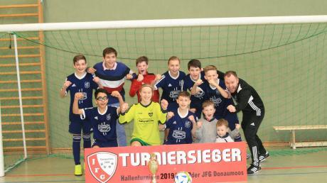 Jubel I: Die C-Junioren der SG Joshofen-Bergheim gewannen das Finale gegen die SG Neuburg mit 3:2.