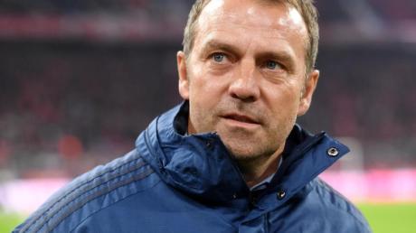 Fordert volle Konzentration auf Paderborn: Bayern-Coach Hansi Flick.
