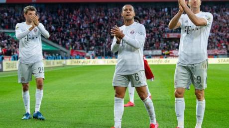 Wollen im Freitagsspiel der Bundesliga gegen den SC Paderborn vorlegen: Tabellenführer Bayern München.