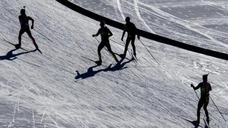 Die deutschen Biathleten hoffen mit ihren Staffeln in Antholz auf weitere WM-Medaillen.