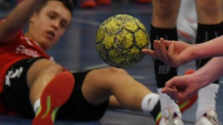 Es lief wie schon im Hinspiel (unser Foto): Dem Ball und letztlich auch den Punkten hinterherschauen mussten die Günzburger in Göppingen.