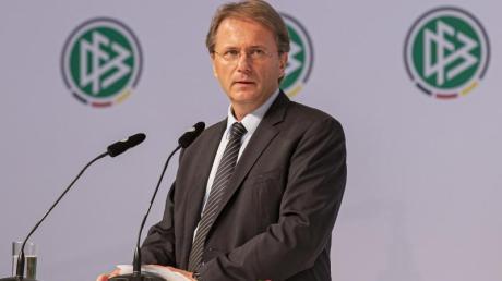 Soll den DFB in der Schweiz beim Sommermärchen-Prozess vertreten: Chefjustiziar Jörg Englisch.
