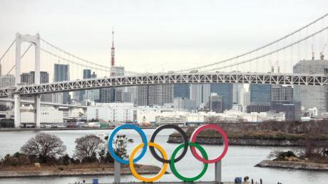 Die Olympischen Spiele sollen im Sommer wie geplant in Tokio stattfinden.