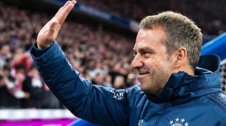 Schaut entspannt in die Zukunft:Bayern-Coach Hansi Flick.