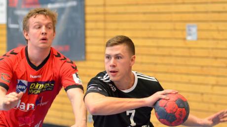 Ohne Michael Knittl (rechts) wollen die Friedberger Handballer im ersten Spiel unter ihrem neuen Trainer Udo Mesch die Wende zum Besseren herbeiführen.