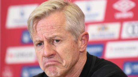 Nürnbergs Trainer Jens Keller äußert sich nicht nur zur Niederlage.