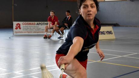 Badminton-Dauerbrennerin Elke Cramer (Bild) half am Wochenende in der Dillinger Regionalliga-Mannschaft aus, weil Stammspielerin Annika Oliwa erkrankt passen musste.