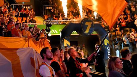 Beim Derby gegen Ludwigsburg durften die Fans noch in die Halle und sie machten mächtig Stimmung. Zumindest Spiele vor Publikum wird es in den nächsten Wochen definitiv nicht geben.
