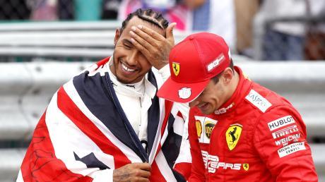 Lewis Hamilton (links) hofft auf seinen siebten WM-Titel, Charles Leclerc gilt als Ausnahmetalent. Das muss er nun beweisen.