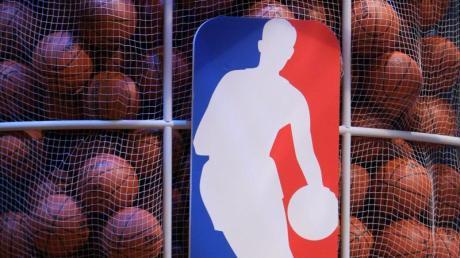 Die NBA reagiert auf die Coronavirus-Pandemie mit einer Unterbrechung der Saison.