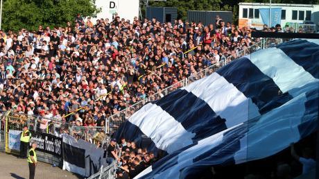 Für die Spatzen-Fans gibt es derzeit keinen Fußball. Sie sollen die Möglichkeit bekommen, ihren Verein in der aktuellen Lage zu unterstützen.