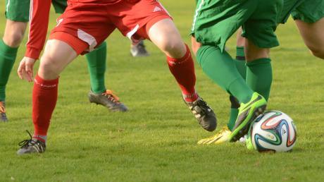 Im September soll der Ball in den schwäbischen Amateurligen wieder rollen.
