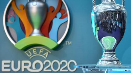 Die UEFA verlegt die Fußball-Europameisterschaft von 2020 auf 2021.